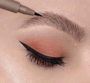 Фломастер для бровей Brow permanent marker